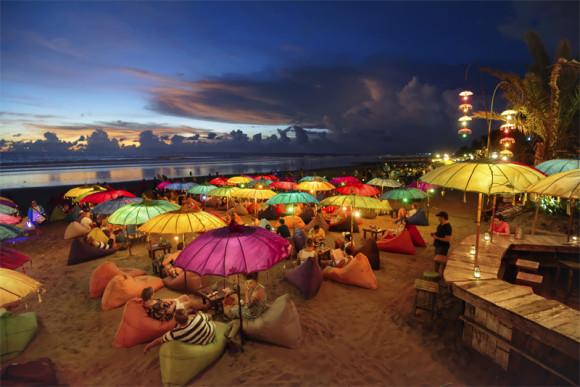 Seminyak am Strand abends